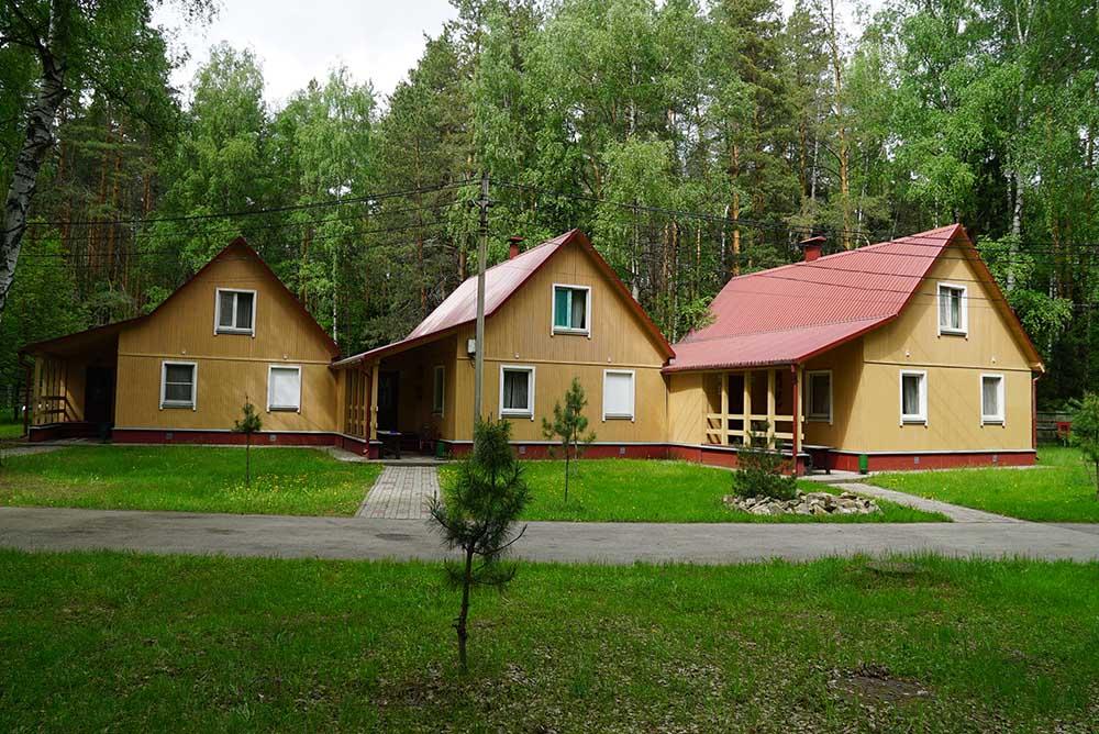 baza-dlya-sborov-lesnoy-kvartal-nizhniy-novgorod-kottedzhi-snaruzhi